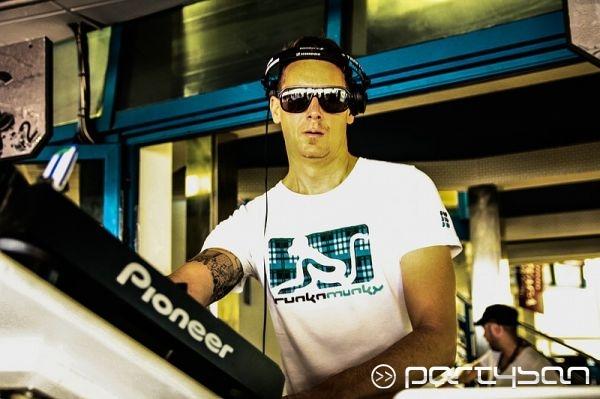 Bora Bora Ibiza DJ Heath Holme