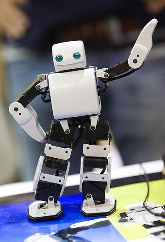 dancing-robot-thomas-hawk