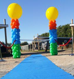 Groen/blauw/oranje gele top Hoge pilaar
