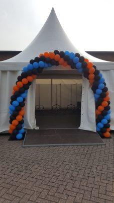 Zwart/blauw/oranje 7m