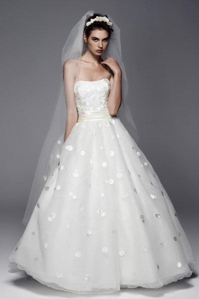 Satin-polka-dot-50s-inspired-wedding-dress