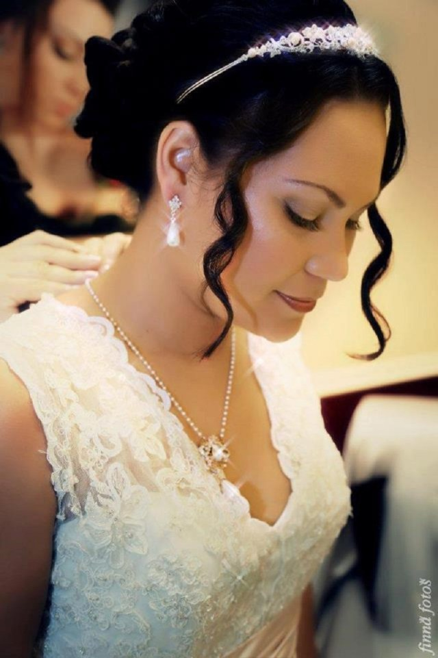 create a radiant bridal look with south florida hair and