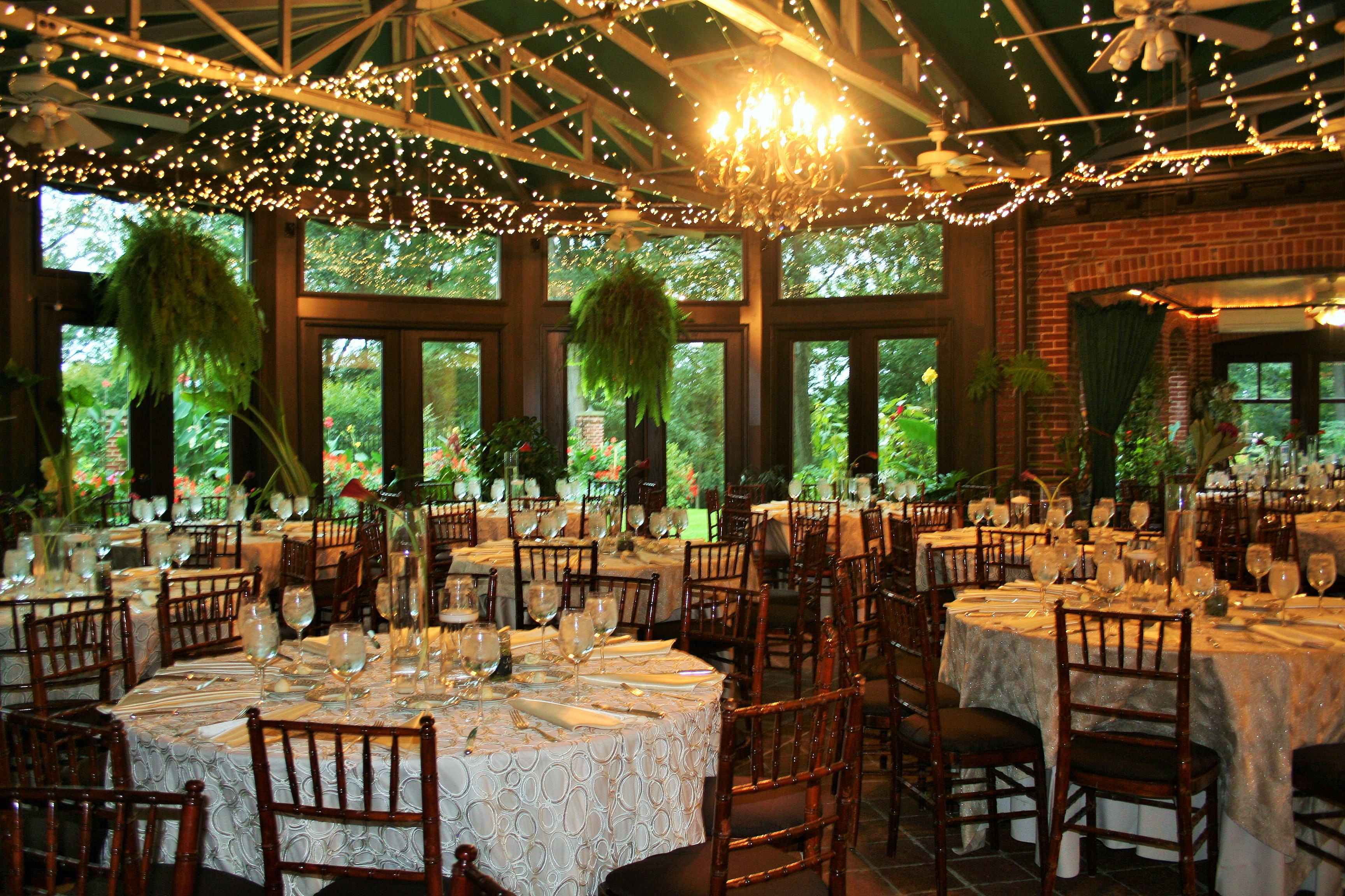 round table with chairs inflatable chair target gramercy mansion bed & breakfast | partyspace