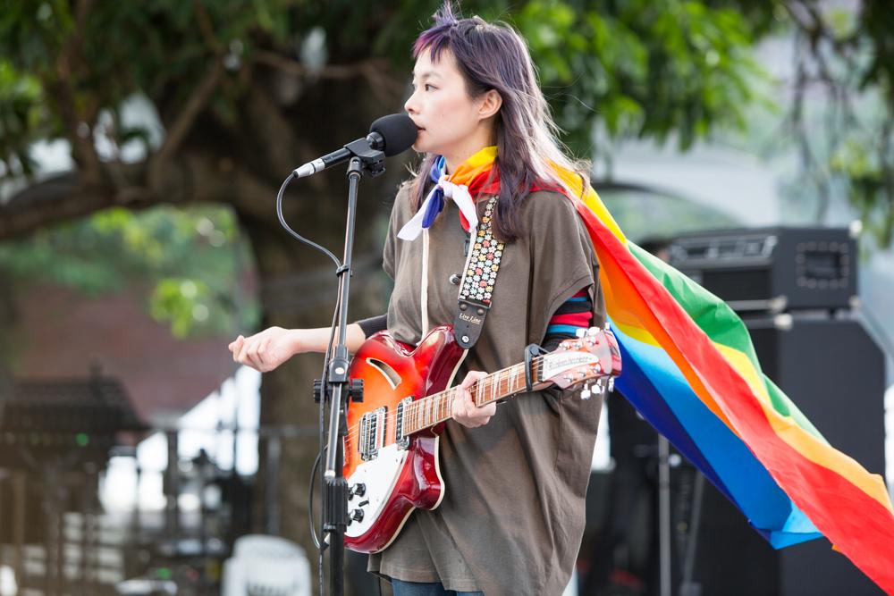 簡單生活節 a Simple Day 首日人潮破萬 鄭宜農、黃玠、Suming發聲支持婚姻平權
