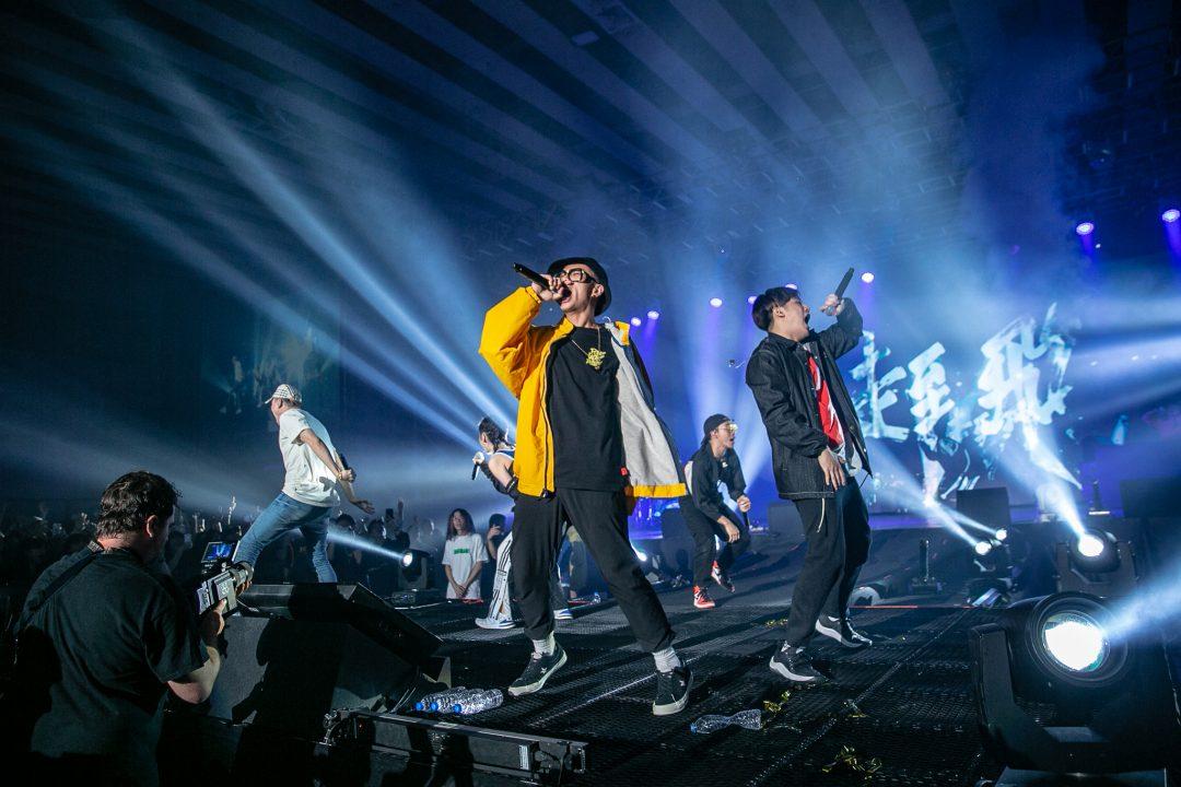 嘻哈史上最強盛會「龍虎門音樂節」首場演出 吸引超過2000樂迷朝聖