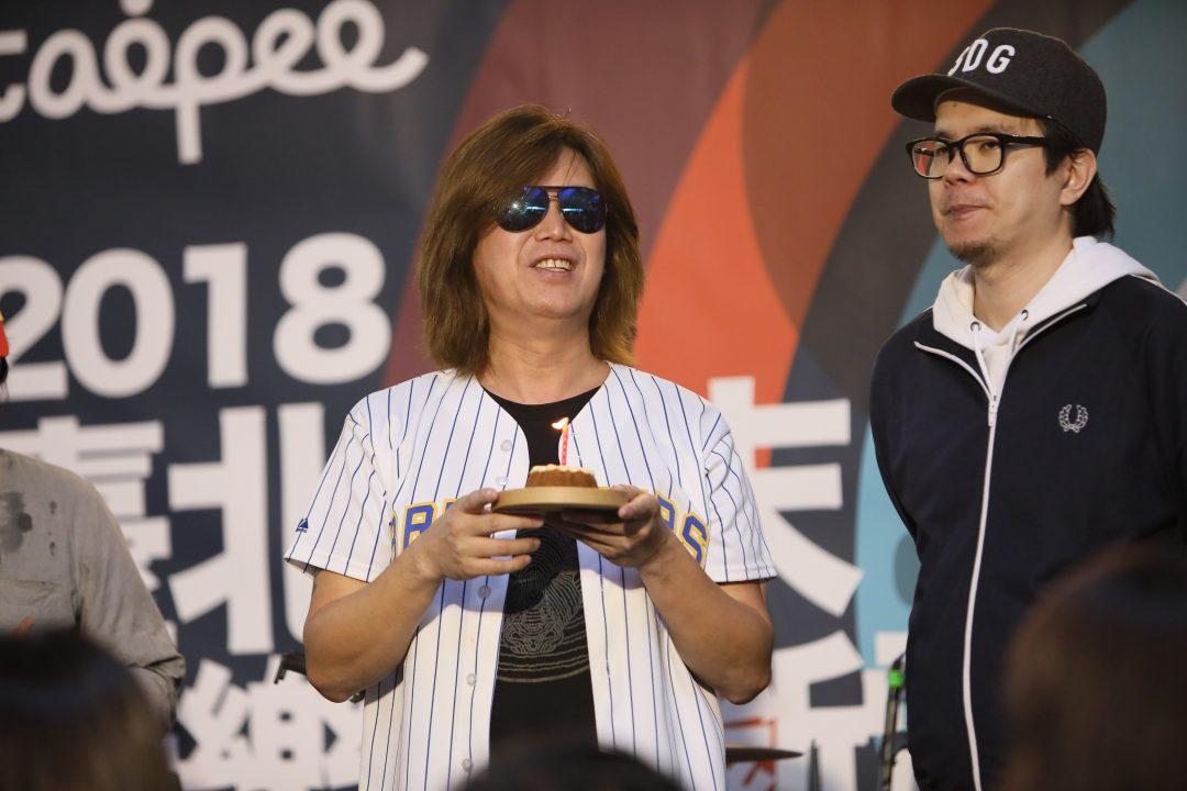 董事長樂團主唱吉董過生日 新歌MV國際影展屢獲獎