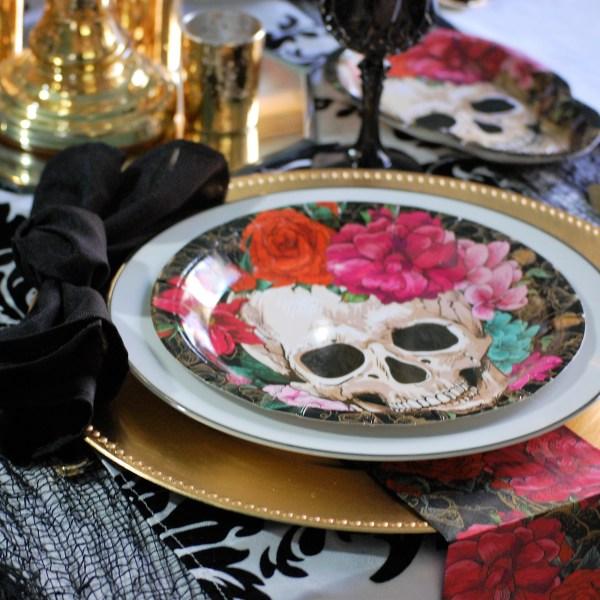 A Halloween Tablescape