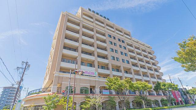 大阪府高石市の高石藤井病院で薬の過剰投与により女子高生が死亡する医療事故が発生。44歳医師が容疑を認め書類送検