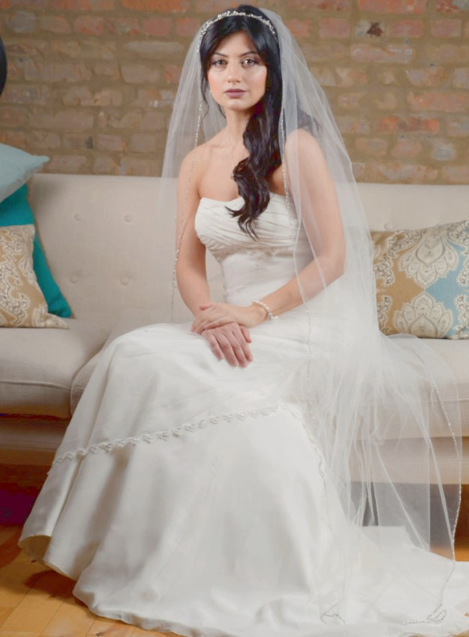 Nathalia_One Tier Ankle Length Bridal Veil with Beads and Crystals Edge