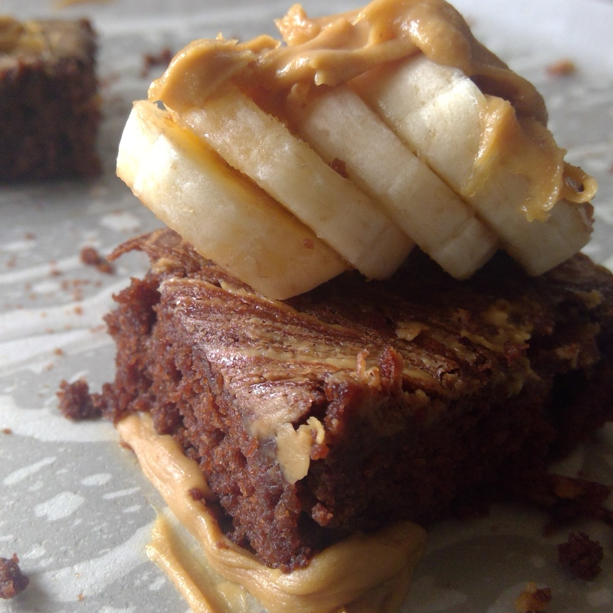 https://parveenskitchen.com/banana-peanut-butter-brownies