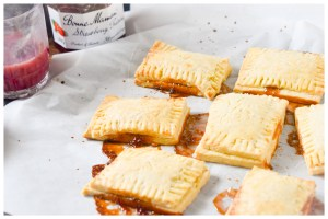 Strawberry Jam Pop tarts - Parveenskitchen.com