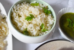 Coconut milk rice | Thengaipal saadam - Parveenskitchen.com