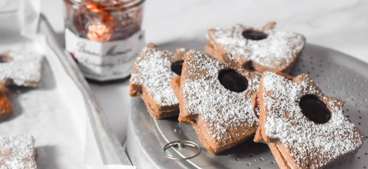 Raspberry Gingerbread Linzer Cookies