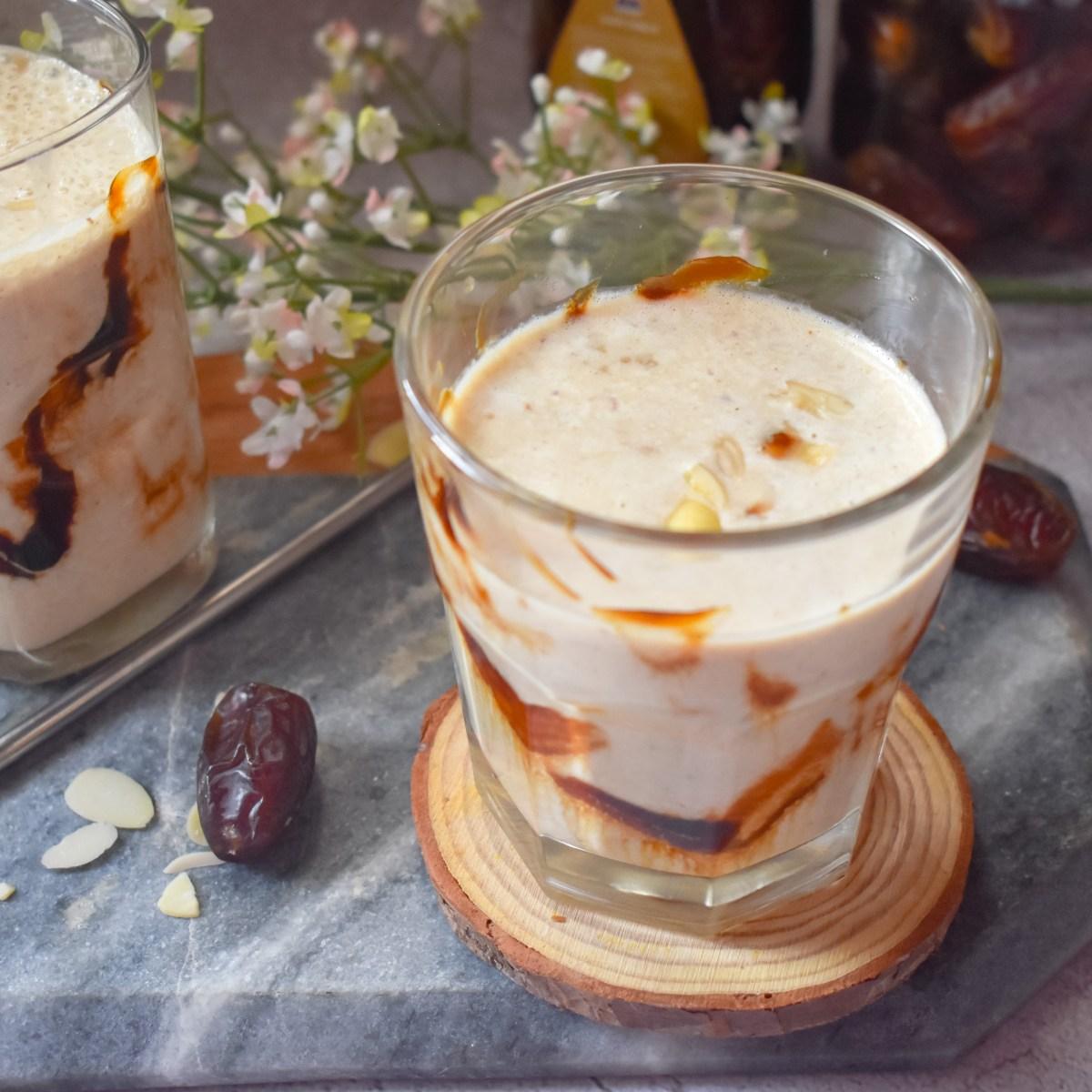 Dates Almond Breakfast Smoothie - Parveenskitchen.com