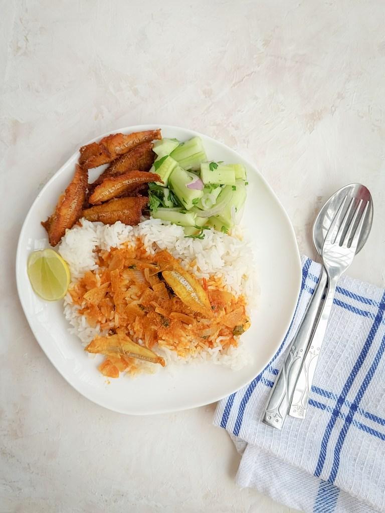 Nethili meen kuzhambu || Anchovies curry