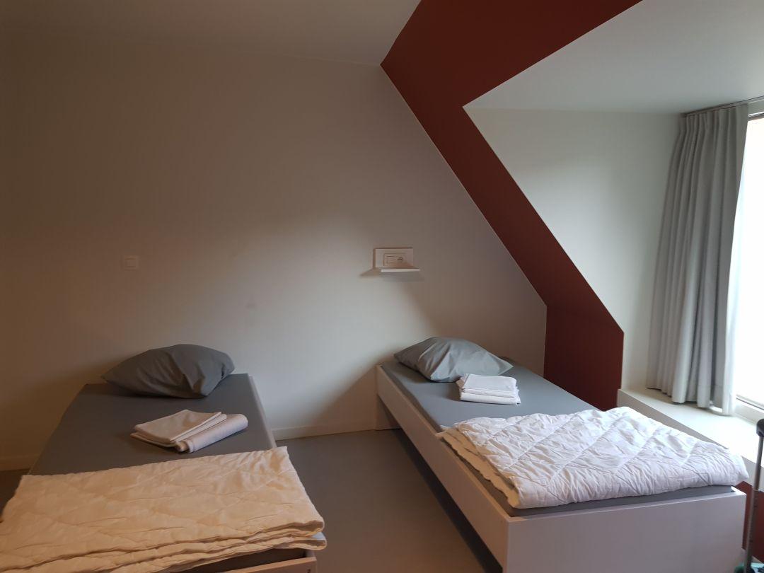 Habitación privada en el hostel en Brujas