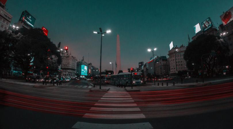 La postal obligada, el Obelisco