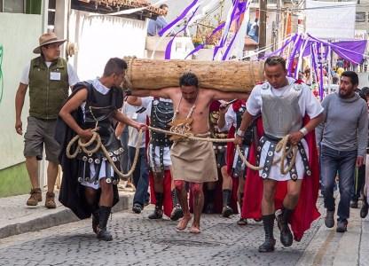 Por las Calles de Ocoyoacac en la Representaciòn de la Pasiòn de Cristo