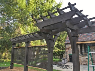 18 Privacy Fence and Arbor