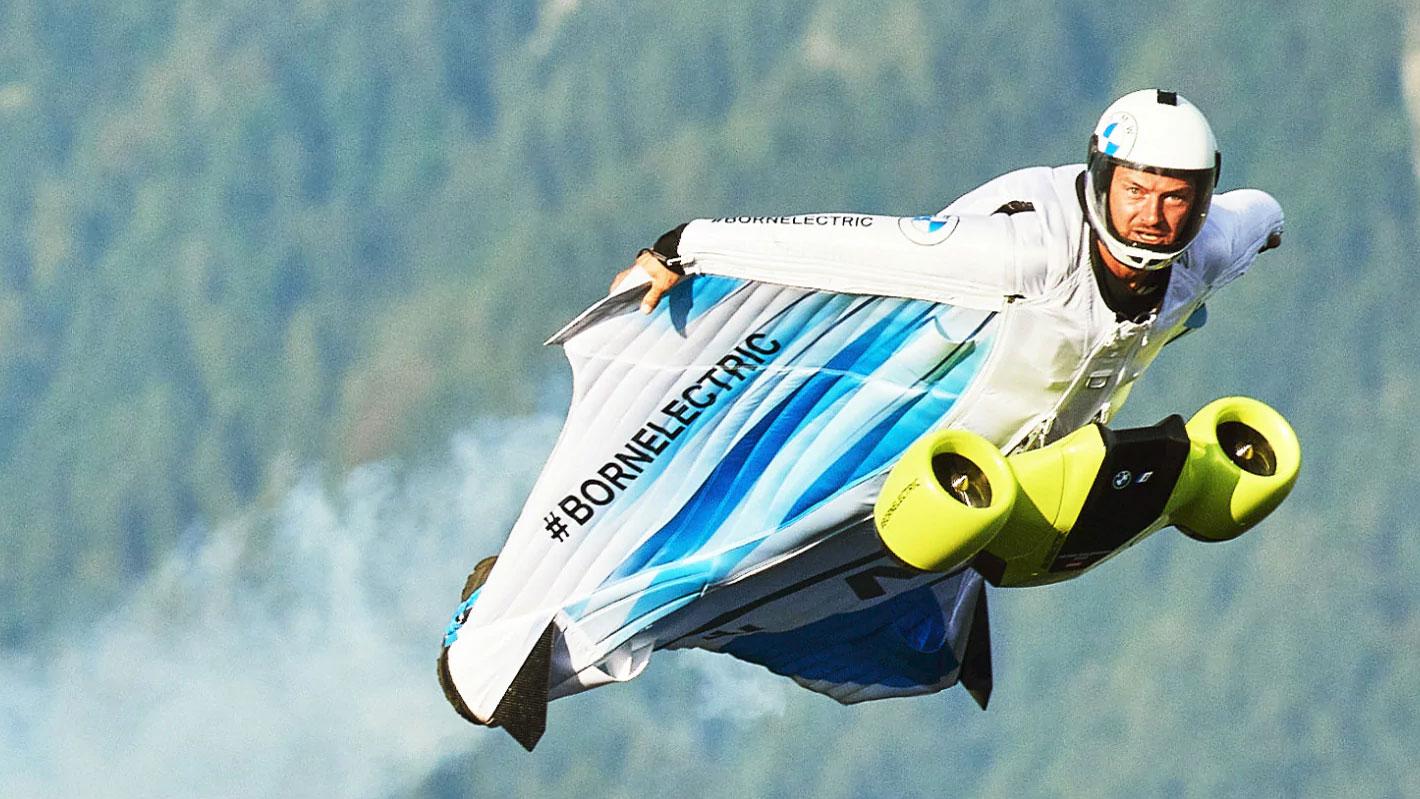 aile volante BMW wingsuit électrique