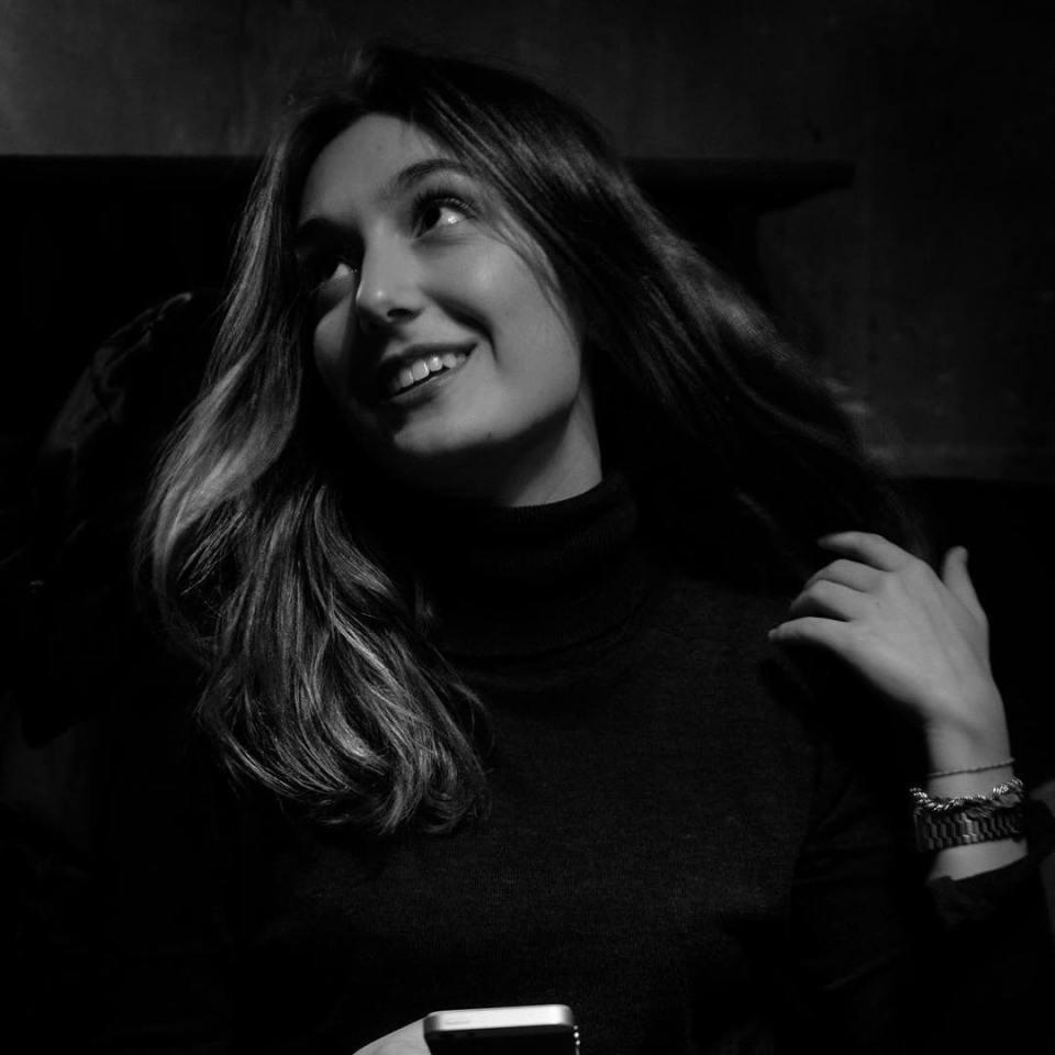 #portrait #bnw #women #hair #girl #beauty #beautiful #portraitphotography #blackandwhite #portraitphotography #paris #france #greece #greek #picoftheday #instadaily #instagood #night