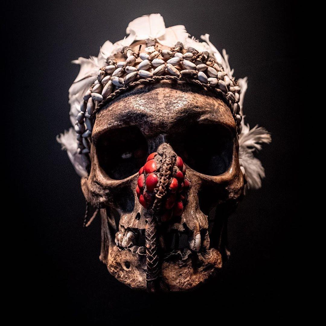 Skull in @quaibranly museum, in Paris #paris #museum #tourism #culture #skull #traditional #old #people #instalike #instagood