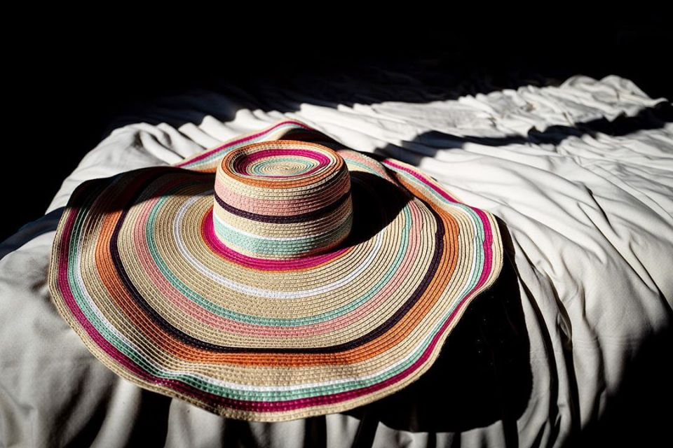 Confinement – day 9 – #confinement #hat #colors #sun #afternoon #lazy #summer #covid_19 #coronavirus #confinamento #shadow #inside #life