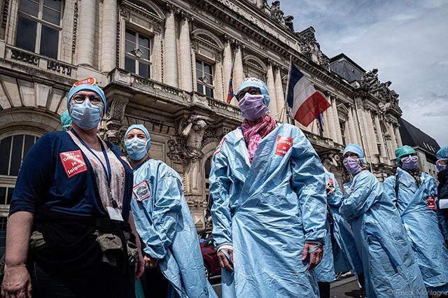 Medical staff demonstration. Pascal Montagne for @37degres #demonstration #riots #strike #medical #medicine #health #healthcare #hospital #covid_19 #coronavirus