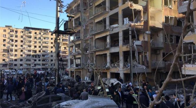 टर्कीमा प्रहरी कार्यालयनजिकै विस्फोट