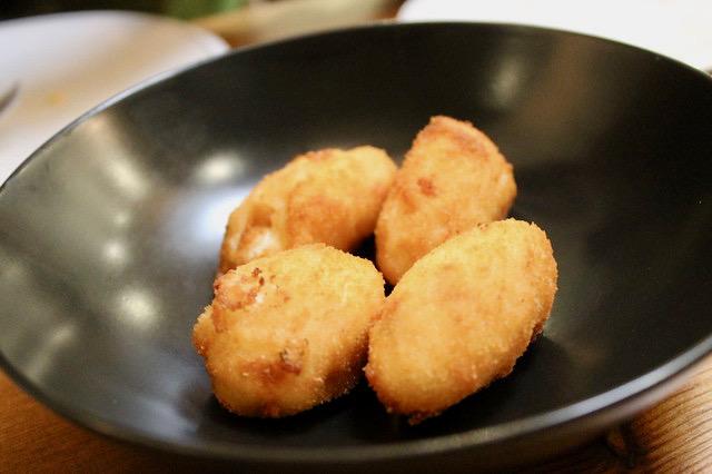 Restaurantes en Oviedo Croquetas de jamón, en 'Gloria'