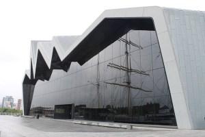 Museo del transporte Zaha Hadid Glasgow Escocia