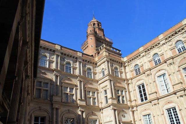 Place d'Assezat Toulouse