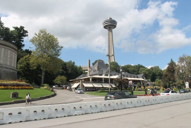 Torre Skylon Cataratas del Niágara Canadá