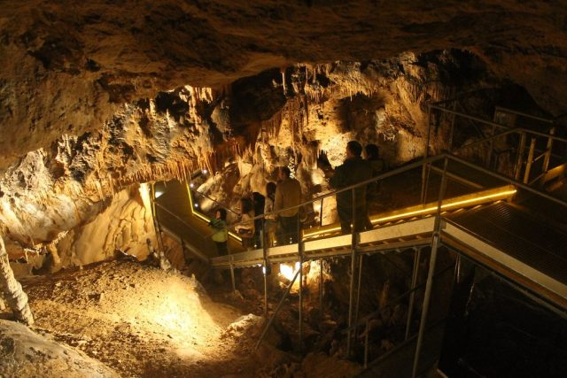Cueva de Mendukilo Navarra