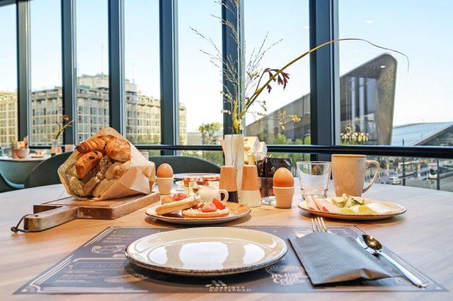 Desayuno Rotterdam Marriott Hotel