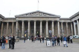 Fachada Museo Británico de Londres