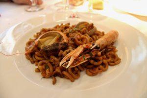 Fideua de mariscos El Caldero Madrid