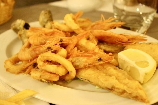 Fritura de pescado Marruecos