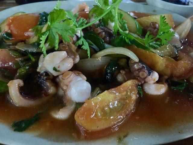 Guiso de pulpo Vietnam