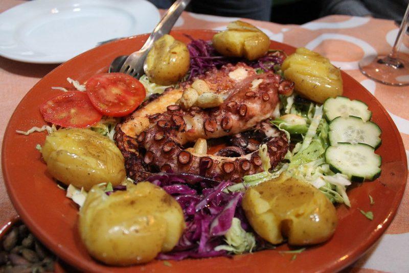 Pulpo salteado Restaurante Sem-Fim Monsaraz Portugal