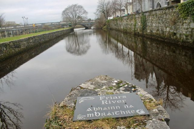 Rio de Galway Irlanda