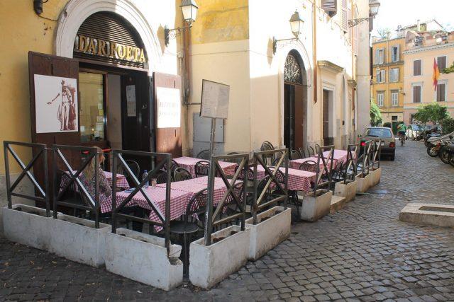 Terraza pizzeria Roma