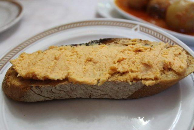 Tosta de pastel de cabracho Sidreria Diego Madrid