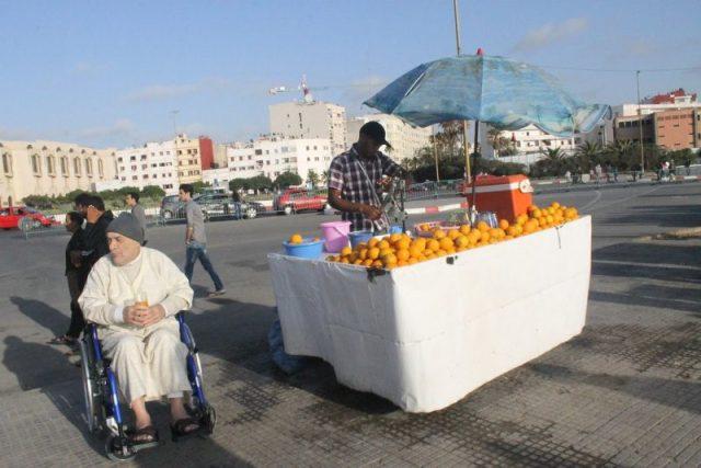 Vendedor zumo naranja