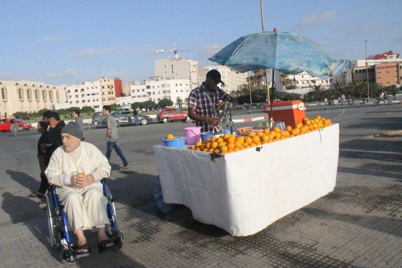 Vendedor zumo naranja y Hector Salamanca
