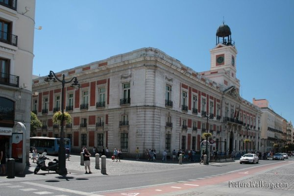 History Of Puerta Del Sol In Madrid