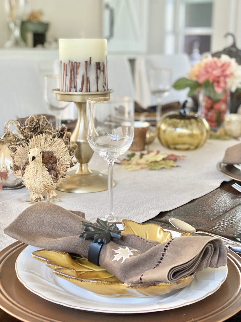 hosting a  thanksgiving dinner party