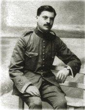Beigbeder en 1913, con el uniforme militar.