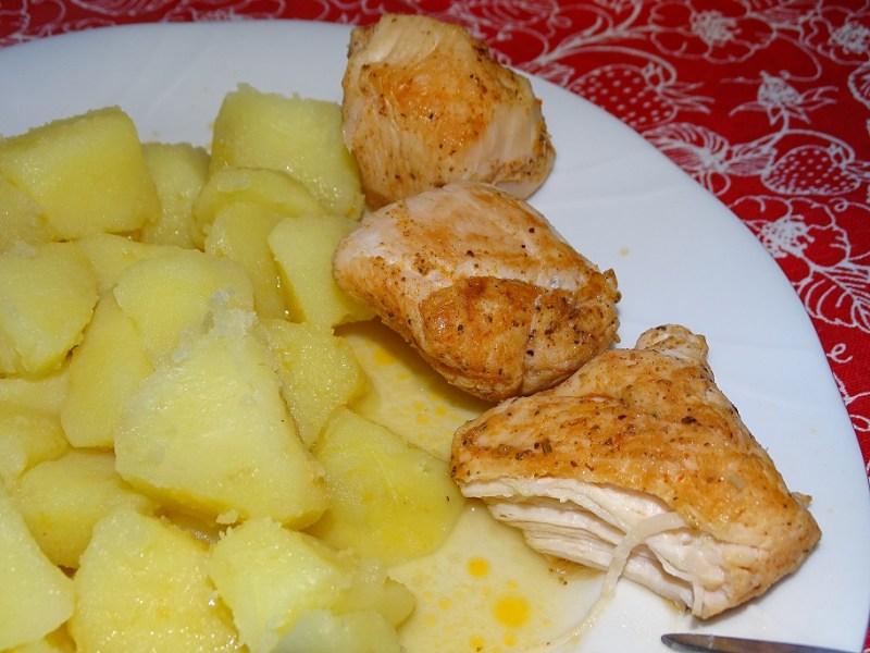 Duszony filet z kurczaka