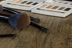 Przybory do makijażu